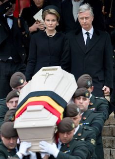 Following the coffin of their beloved Fabiola, the King and Queen's grief is evident.