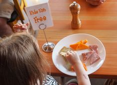 Eating out is expensive as a family, so leverage your little ones to score some great Kids Eat Free deals! I've compiled a huge list of Kids Eat Free restaurants to satisfy your hunger and your wallet. If you find it useful, please share with others. Kids Eat Free Restaurants, Free Deals, Cool Kids, Finance, Posts, Money, Wallet, Awesome, Messages