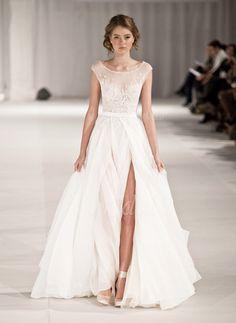 A-Linie/Princess-Linie U-Ausschnitt Sweep/Pinsel zug Tüll Brautkleid mit Applikationen Spitze Pailletten Schlitz Vorn (0025063224) - vbridal