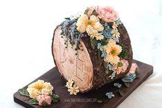 Woodland Buttercream Log Cake by Make Fabulous Cakes Buttercream Flowers, Buttercream Cake, Beautiful Cakes, Amazing Cakes, Tree Stump Cake, Cakes To Make, Lavender Cake, Log Cake, Cake Makers