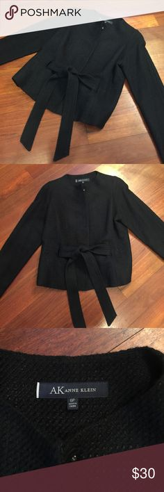 Anne Klein Jacket This is an adorable Anne Klein jacket in a size 6 petite. It is in good condition. Please let me know if you have any questions. Thanks Anne Klein Jackets & Coats
