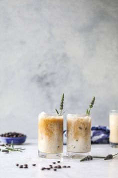 This lavender latte is a spring dream come true! It starts with a homemade lavender vanilla syrup that is super flavorful and can be use in cocktails too! The espresso and milk make for the creamiest, dreamiest coffee ever! Iced Latte, Iced Coffee, Coffee Drinks, Coffee Coffee, Coffee Truck, Starbucks Coffee, Cocktails, Non Alcoholic Drinks, Beverages