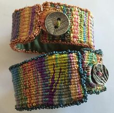 You have to see Woven Silk Cuffs on Craftsy! Looking for jewelry project inspiration? Check out Woven Silk Cuffs by member Claudia Chase. Weaving Projects, Weaving Art, Tapestry Weaving, Loom Weaving, Weaving Designs, Diy Projects, Fiber Art Jewelry, Textile Jewelry, Fabric Jewelry