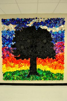 art actually: bottle cap mural. This would be sooo neat in our school. hmmm art actually: bottle cap mural. This would be sooo neat in our school. Club D'art, Art Club, Plastic Bottle Caps, Bottle Cap Crafts, Plastic Art, Diy Bottle, Beer Bottle, Bottle Top Art, Classe D'art