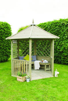A gazebo is a stunning add-on to a backyard. This gazebo might be your personal oasis or a fantastic location for family gathering. Diy Gazebo, Backyard Gazebo, Garden Gazebo, Backyard Landscaping, Gazebo Ideas, Small Gazebo, Landscaping Ideas, Patio Tents, Mailbox Garden
