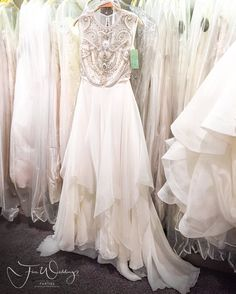 If you are a bride in #frankfurt area and in Saturday Bridal Dress Shopping mood then @sioedam_couture is the place of your choice. Eet your Girlz and some #champagne and start the #weddingdressshopping. This store has unique and very exclusive dresses to offer for all our brides who want to marry in style. #fineweddingsontour #fineweddings #fashionblogger #fashionblogger_de #hochzeitsblog #weddingblog #igersfrankfurt #hochzeitskleid #weddingdress #bride2017 #braut2017 #frankfurtbraut…