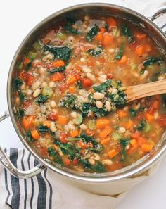 Healthy plant based Kale, Quinoa & White Bean Soup is so easy and delicious! Perfect lunch, dinner or make ahead meal. Recipe is vegan and vegetarian.