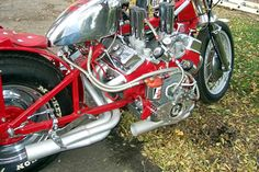 """EJ Potter, the Michigan Madman,"""" built a continuously evolving """"widow maker"""" Chevy powered drag bike over the years, a crazy machine with the V8 mounted sideways and direct drive …"""