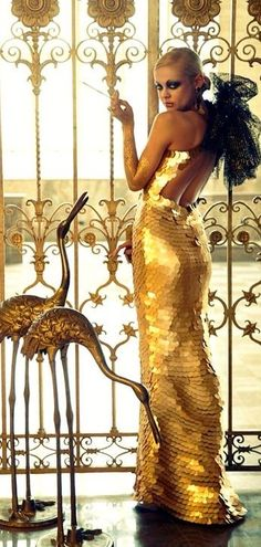 House Of Gold, Metallic Colors, Masquerade, Runway Fashion, Evening Gowns, Night Out, Dress Up, Glamour, Street Style