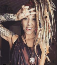 HELLO & WELCOME We are rightfully obsessed with everything about body jewelry as well as the culture of body modification that surrounds the art of piercings. be sure you use tag on posts featuring anything Body Candy Body Jewelry related - share with. Dreadlocks Girl, Synthetic Dreadlocks, Sexy Tattoos, Girl Tattoos, Rasta Girl, Beautiful Dreadlocks, I Love Girls, Diy Hairstyles, Female Models