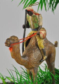 Lot # : 1798 - ARAB ON CAMEL DRESDEN ORNAMENT