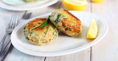 Low FODMAP tuna and sweet potato patties recipe - Monash Fodmap Boiling Sweet Potatoes, Mashed Sweet Potatoes, Fish Recipes, Seafood Recipes, Cooking Recipes, Cooking Tips, Salmon Cakes, Crab Cakes, Low Fodmap Vegetables