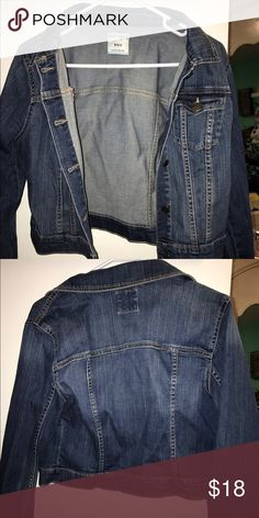 JEAN JACKET Old Navy jean jacket, has been worn one time! medium wash denim Old Navy Jackets & Coats Jean Jackets