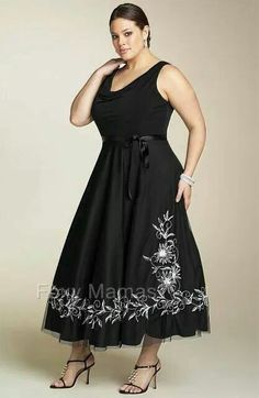 Big beautiful real women with curves fashion accept your body plus size body conscientiousness Big beautiful real women with curves fashion accept your body plus size body conscientiousness Plus Size Black Dresses, Size 16 Dresses, Plus Size Outfits, Formal Dresses, Plus Size Dresses To Wear To A Wedding, Evening Dresses, Lounge Dresses, Women's Dresses, Xl Mode