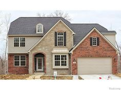 Once MARK Z New Construction Homes complete a thorough on site examination of your home we will perform a detailed market analysis and lay the entire pricing structure out before we start marketing your home. Conveniently located one block from downtown beautiful New Construction Homes South Lyon.