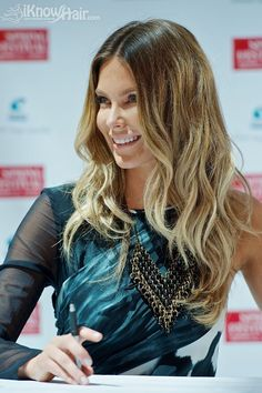 Jennifer Hawkins Bronde Hair and many others inside