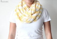 DIY circle/infinity scarf. Love the stripes.