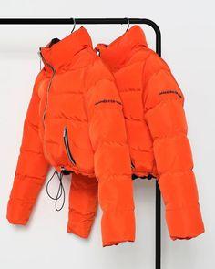 Manière De Voir 🧡 The Reversible Puffer Jacket in Black&Orange Orange Outfits, Cool Jackets, Jackets For Women, Orange Mode, Orange Orange, Fall Winter Outfits, Winter Fashion, Orange Jacket, Mode Streetwear