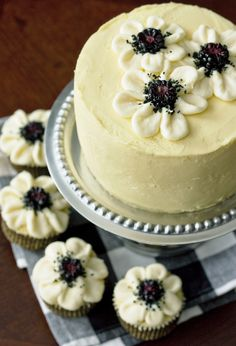 Erica's Sweet Tooth » Vanilla Cake with Blackberry-Mascarpone Filling