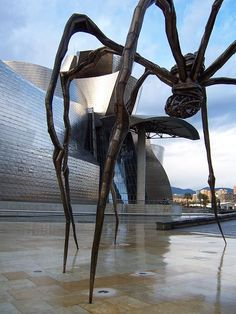 Guggenheim Bilbao, Louise Bourgeois, Cocktail, Giant Spider, Walks, Paint, Artists, Basque Country, Slurpee