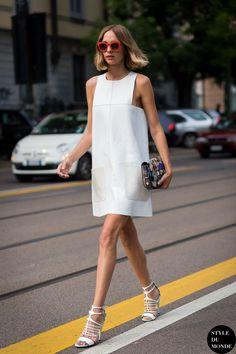 summer street fashion, little white dress, pochette bag, летние платья, маленькое белое платье