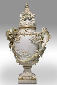 From DANIELA KUMPF KUNTHSANDEL - Monumental fin de siècle vase  Royal Porcelain Manufactory, (KPM) Berlin  1895  www.masterpiecefair.com