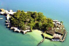 island paradise between Paraty and Angra dos Reis - Brazil