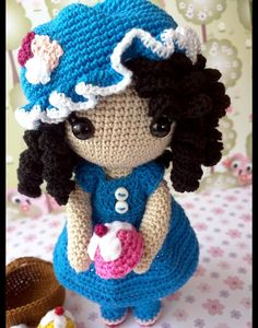 Muñecos de colección - Anny se va de picnic - hecho a mano por Rosebud-tienda en DaWanda