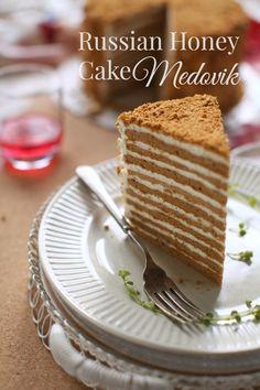 Russian Honey Cake Medovik Russian Honey Cake, Russian Cakes, Russian Desserts, Russian Recipes, Russian Foods, Medovik Cake Recipe, Donut Recipes, Baking Recipes, Indonesian Desserts