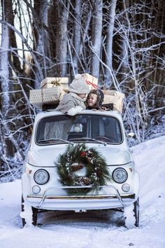 White Christmas in Fiat 500 Christmas Time Is Here, Merry Little Christmas, Noel Christmas, Christmas Is Coming, Christmas And New Year, Winter Christmas, All Things Christmas, Vintage Christmas, Christmas Games