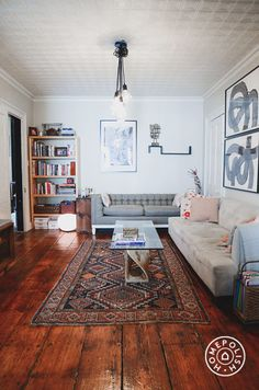Warm and Welcoming in Williamsburg by Homepolish Brooklyn https://www.homepolish.com/mag/warm-and-welcoming-in-williamsburg?gallerize=198bbf6e