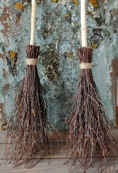 Items similar to Witches broom Birch branches Rustic home decor Rustic wedding decor Wiccan besom Magic altar cleansing Pagan ritual Sabbat broom Quiditch on Etsy Fröhliches Halloween, Halloween Home Decor, Diy Halloween Decorations, Holidays Halloween, Rustic Halloween, Outdoor Halloween, Manualidades Halloween, Adornos Halloween, Bali