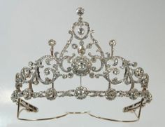 Antique Tiara, The Netherlands (ca. 1895; made by B.C. Reese & Sons; diamonds, gold, silver).