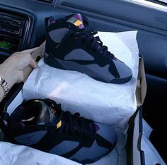 Image about want in sneakers & shoes ✨ by bria simone Sneakers Fashion, Shoes Sneakers, Kicks Shoes, Lit Shoes, Jordans Sneakers, Zapatillas Jordan Retro, Jordan Swag, Jordan 7, Mode Bcbg