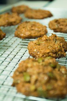 Tahini, oat bfast cookies