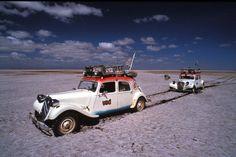 Enlisé dans le sel du désert de Chalbi au kenya