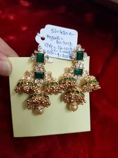 How To Clean Gold Jewelry With Baking Soda India Jewelry, Gold Jewelry, Jewelery, Pearl Necklace Designs, Gold Earrings Designs, Diamond Chandelier Earrings, Traditional Earrings, Indian Wedding Jewelry, Indian Earrings