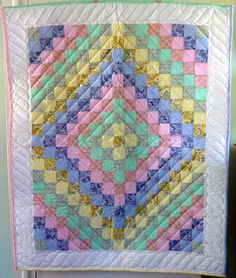 Amish Baby Quilt - Trip Around The World Pattern - Unisex Colors