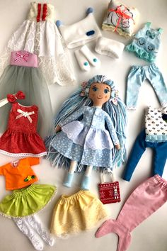 Fairy doll with clothes. There are 17 items in the wardrobe. Great for creative play. Knitting Dolls Clothes, Sewing Dolls, Doll Clothes Patterns, Doll Patterns, Diy Rag Dolls, Diy Doll, Cute Sewing Projects, Little Girl Gifts, Dress Up Dolls