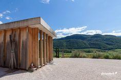 Weingut Manincor – Kaltern, Südtirol, Italien Winecenter der Kellerei Kaltern – Kaltern, Südtirol, Italien #wine #architecture #italy #kaltern #chrisrebok #winearchitecture