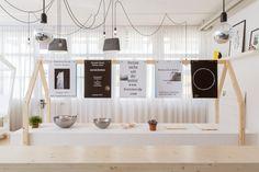 Pop-up store Design Incubator, bureau sacha von der potter, 2013, exhibition design and graphic design ©B.Coulon
