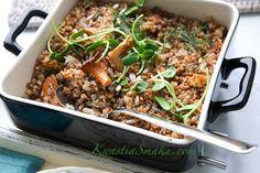 Kasza z grzybami z sosem koperkowym. Smaczne danie z kurkami i kaszą gryczaną. Przepisy na kurki
