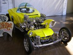 ❦ Mysterion by ~ Big Daddy Ed Roth - Looks like Homer Simson designed it :D