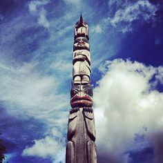 #eccosmile #sculptured65 a totem have a smile this make me smile