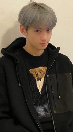 Bts Christmas, Astro Wallpaper, Eunwoo Astro, Cha Eun Woo Astro, Cute Boys Images, Taehyung, Chloe, Boyish, True Beauty