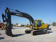 No Mascus Portugal pode encontrar escavadoras giratórias de lagartas Volvo EC210NL. O preço deste Volvo EC210NL é - e foi produzido em 2001. Esta máquina está localizada em - Portugal. No Mascus.pt pode encontrar Volvo EC210NL e muitos mais modelos de escavadoras giratórias de lagartas. Detalhes - Horas de utilização: 5424 h, Peso bruto: 21.600 kg, Dimensőes em transporte (CxLxA): 11.00x2.80x3.40 m