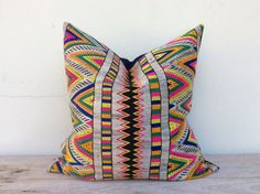 """Vintage Ethnic Textile Cotton Kilim Ikat Hand Woven Throw Pillows Case 20"""" x 20"""" Pieces Of Tradition Costume / reverese made of hemp"""