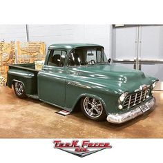 55 chevy apache step side pu and she is gorgeous camionetas pinterest chevrolet. Black Bedroom Furniture Sets. Home Design Ideas