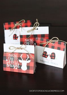 Free Printable Buffalo Check Treat Bags For Christmas. Love them! Christmas Treat Bags, Christmas Gift Wrapping, Christmas Goodies, Christmas Fun, Homemade Christmas, Cabin Christmas, Xmas, Christmas Parties, Christmas Design