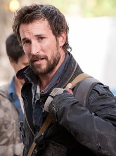 Not sure what role he's playing here, but loved Noah Wyle in The Librarian movies! shades of Chuck Norris, here, possibly? The Librarian Movies, Noah Wyle, Sky Tv, Falling Skies, Kristin Kreuk, Chuck Norris, Best Actor, Love Him, Tv Series